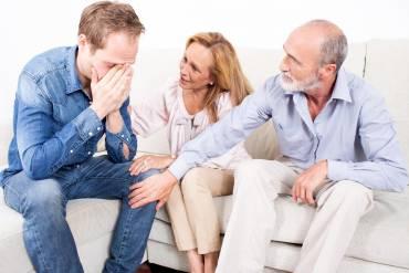 Jak rozmawiać w rodzinie o uzależnieniach?
