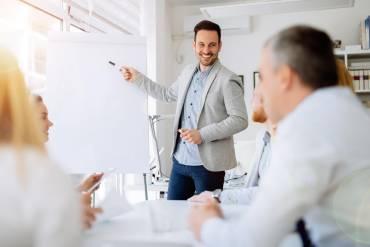 Autoprezentacja, czyli jak się dobrze sprzedać w pracy?