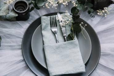 Savoir-vivre cz.1 – przy stole