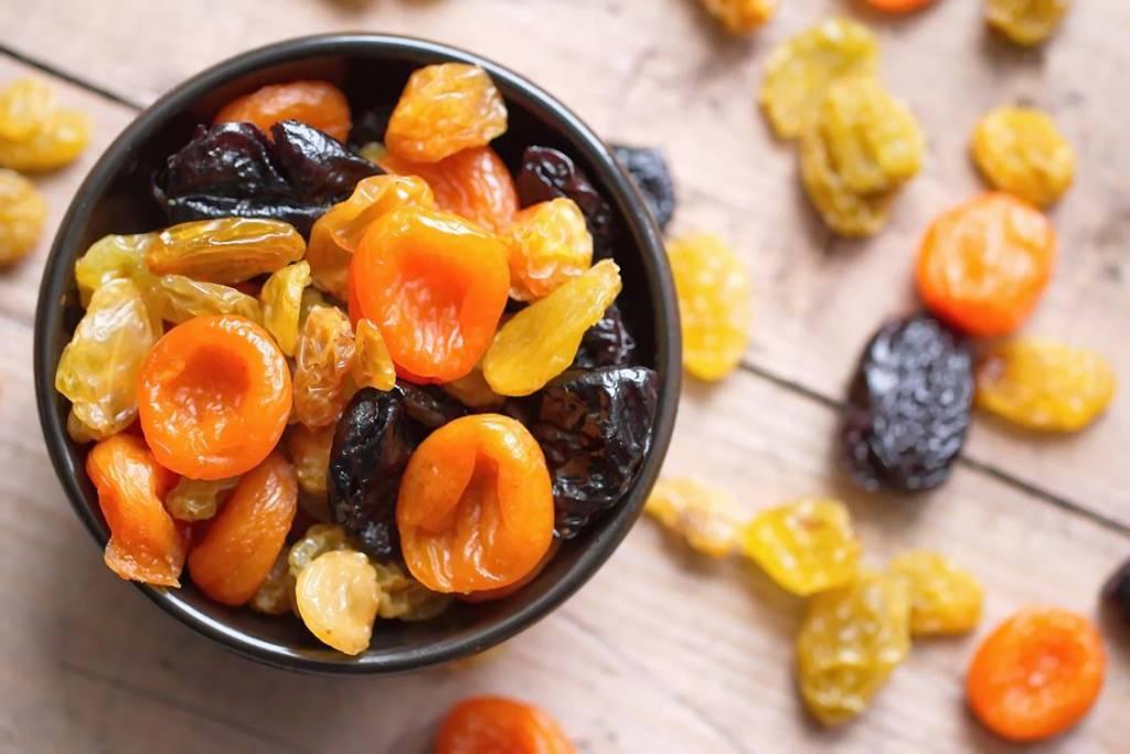 Zdrowe suszone owoce – fakt czy mit?