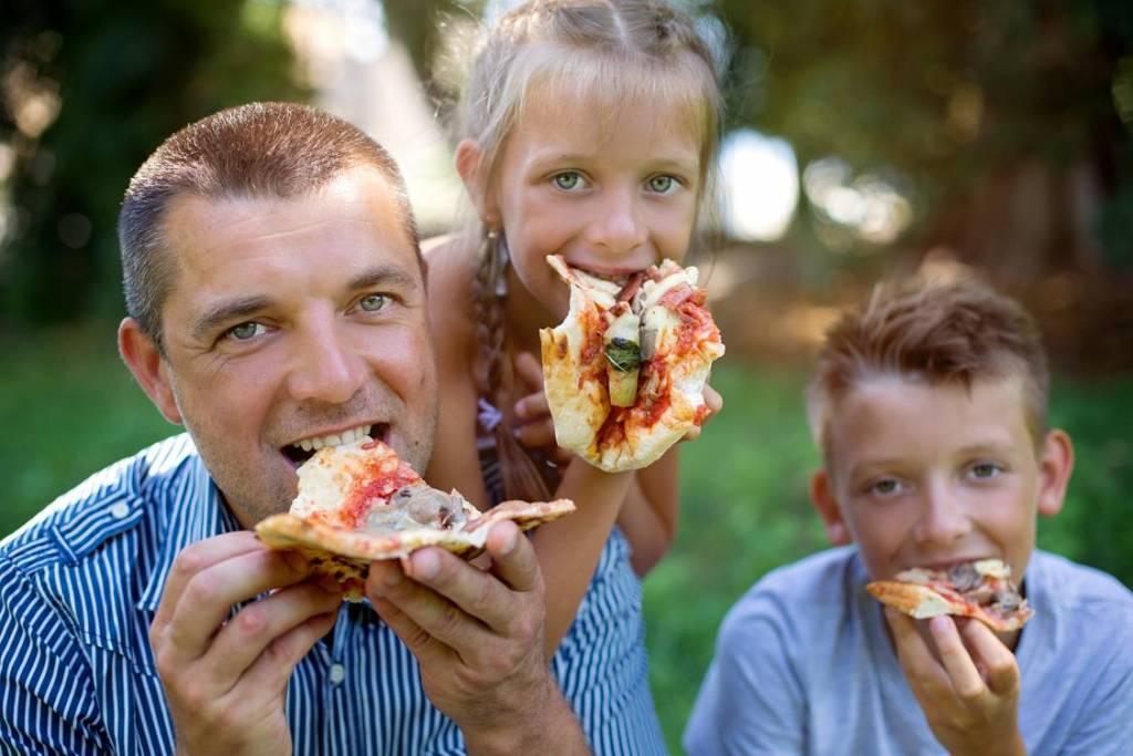Dieta rodziców a odżywianie się dziecka – na co uważać?