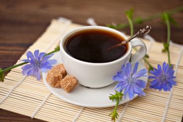 Kawa zbożowa a zwykła kawa – która lepsza?