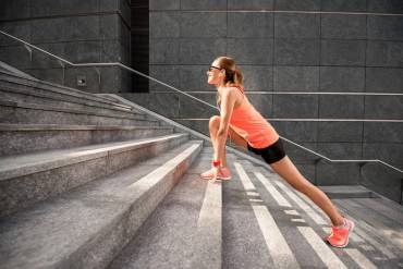 Stretching – rozciągamy mięśnie kulszowo-goleniowe