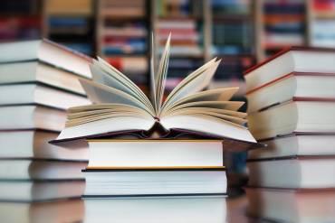 Książki – powody, dla których warto je czytać