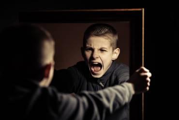 Objawy zaburzeń zachowania u dzieci i młodzieży