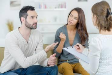 Czy terapia małżeńska ma sens?