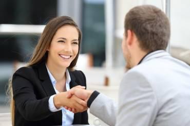 Jaką postawę przyjmujesz podczas komunikacji z innymi?