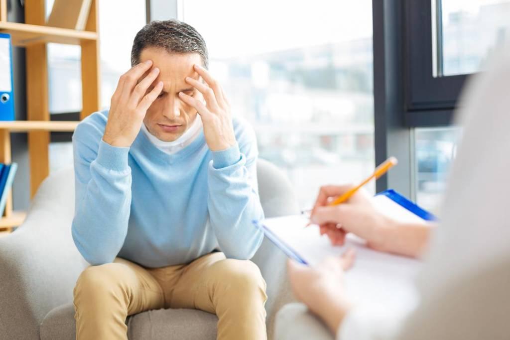 Na czym polega terapia psychodynamiczna w leczeniu uzależnień?