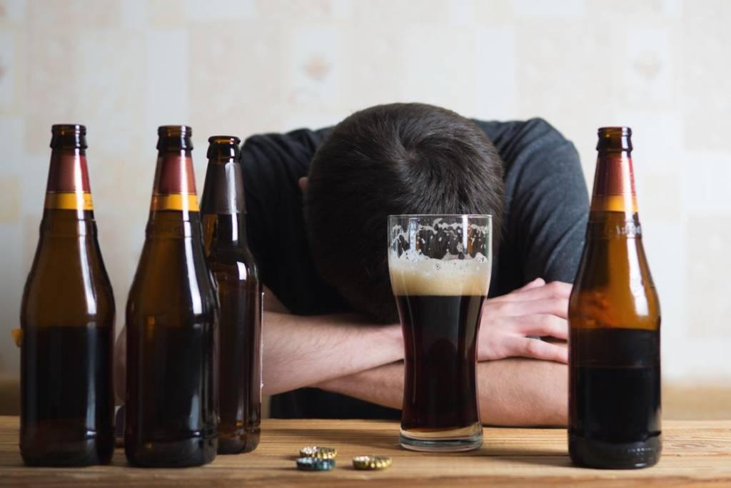 Grupa ryzyka uzależnienie od alkoholu – czy się do niej zaliczasz?