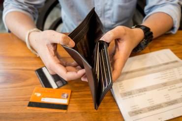 Na czym polega uzależnienie od zadłużania się?