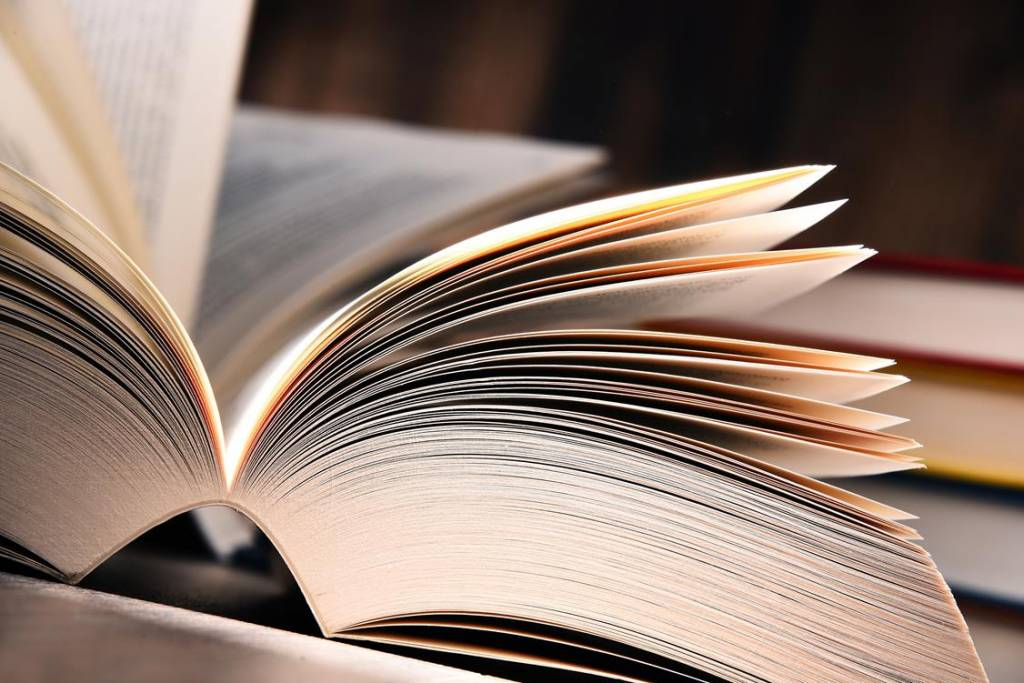Książkowe hity lata 2018, które koniecznie musisz nadrobić!