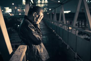 Tajemnica samobójstw — dlaczego ludzie je popełniają?