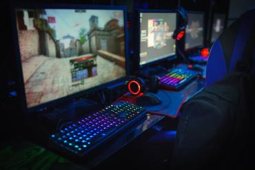 Uzależnienie od gier komputerowych – skąd się biorą uzależnienia behawioralne?