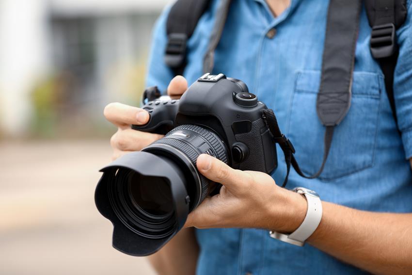 Aparat fotograficzny dla początkujących – jaki wybrać, by nie żałować swojej decyzji?