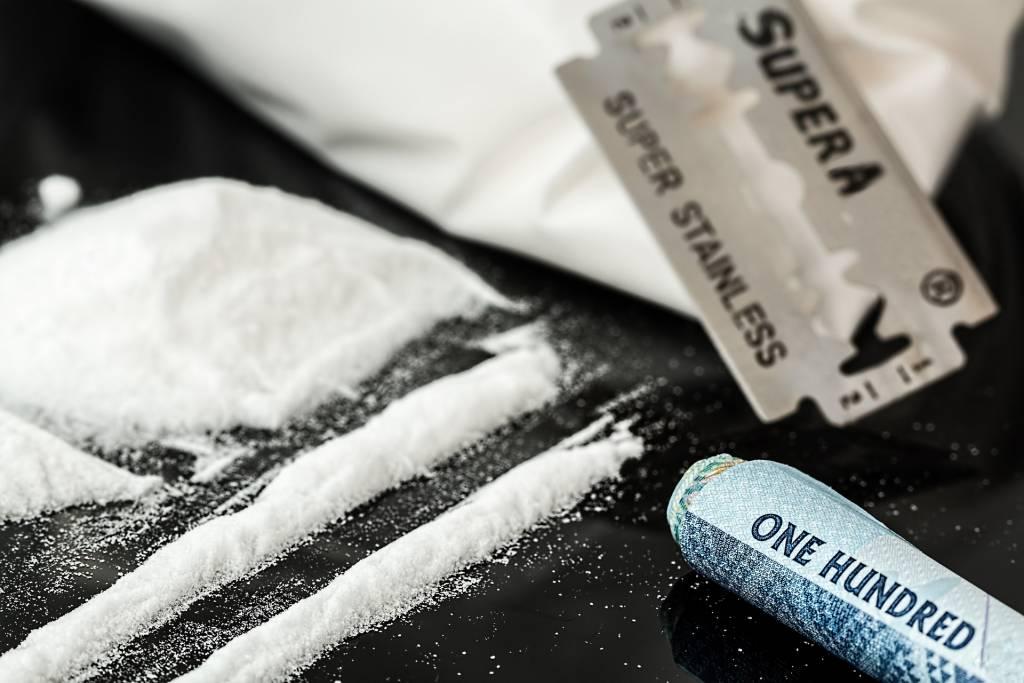 Objawy uzależnienia od narkotyków – jak rozpoznać, że to już nałóg?