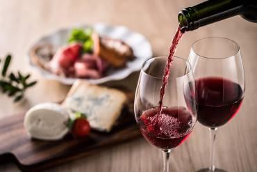Czy wino półsłodkie jest zdrowe dla ludzkiego organizmu?